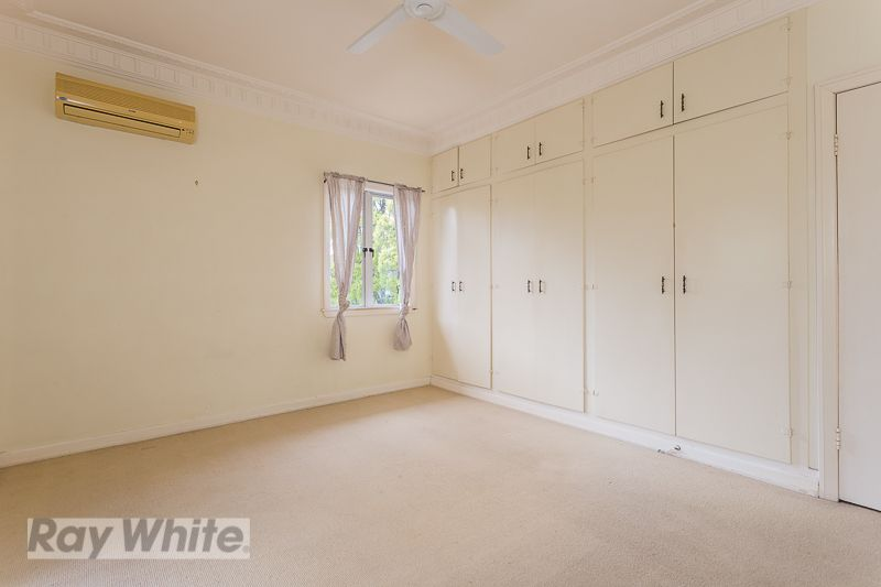 72 Brinawa Street, Camp Hill QLD 4152, Image 2