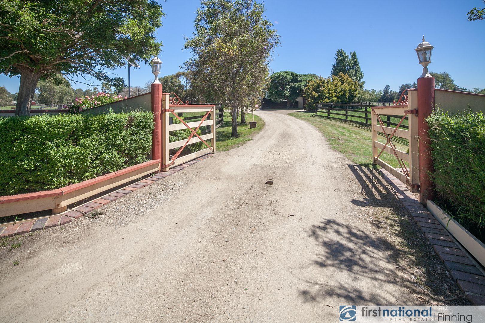 755 Heads Road, Catani VIC 3981, Image 2
