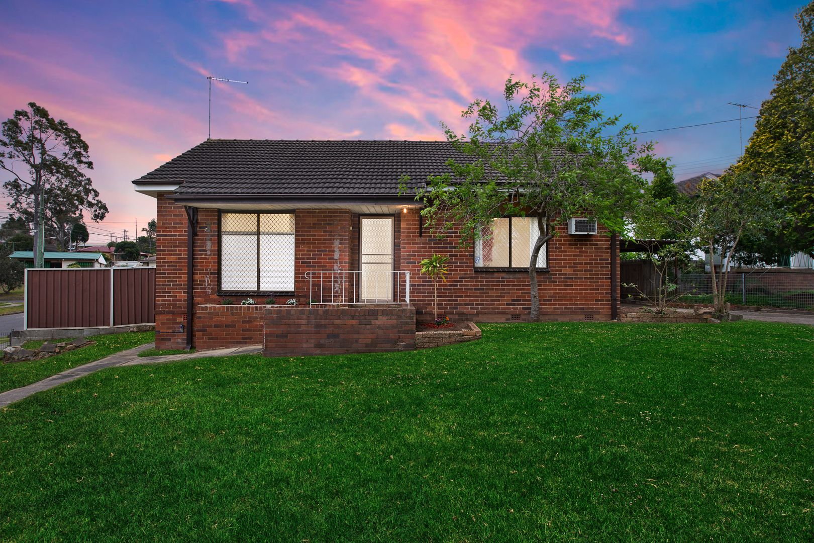 5 Gilmore Road, Lalor Park NSW 2147, Image 0