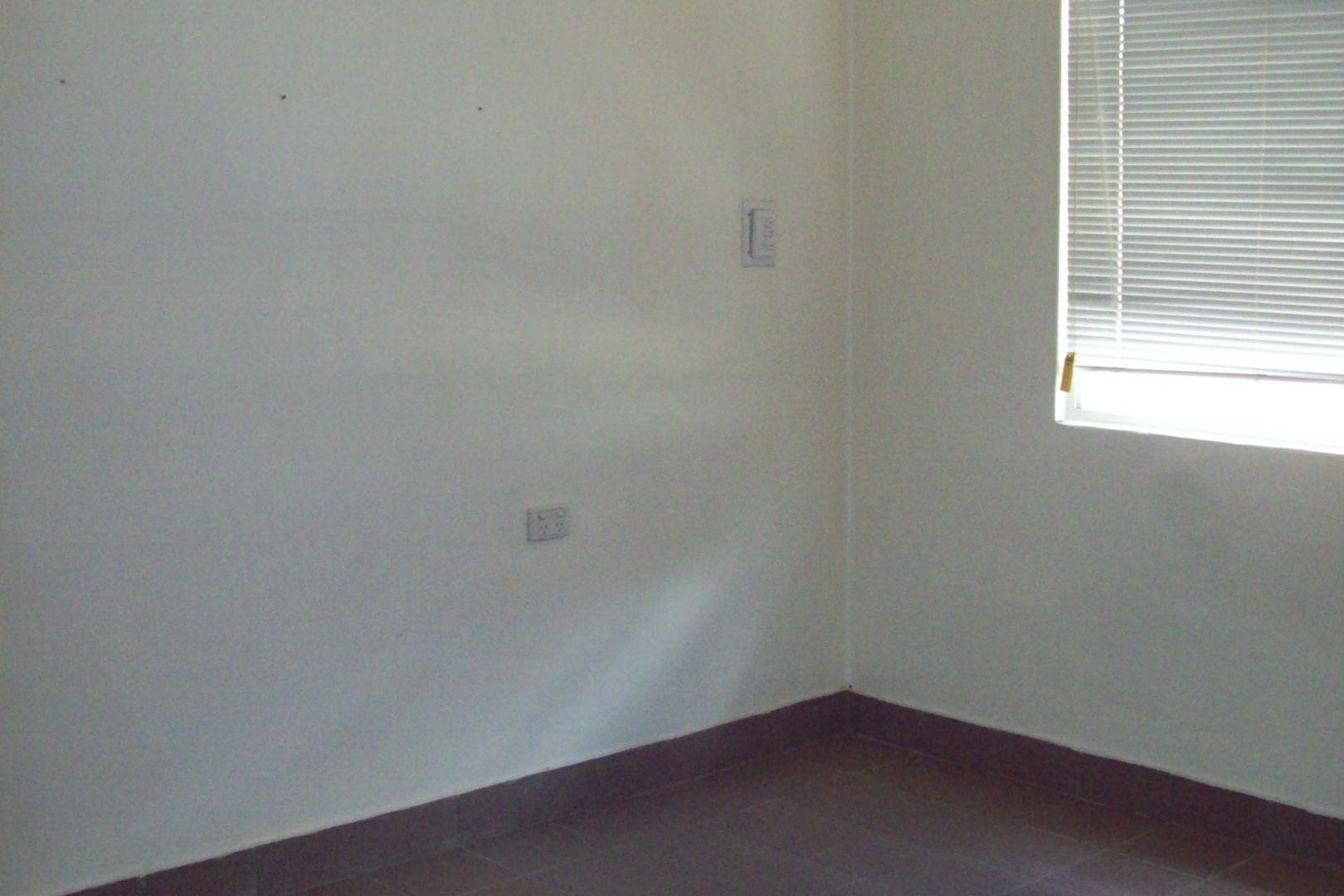 1/37 Flynn Street, Mount Isa QLD 4825, Image 2