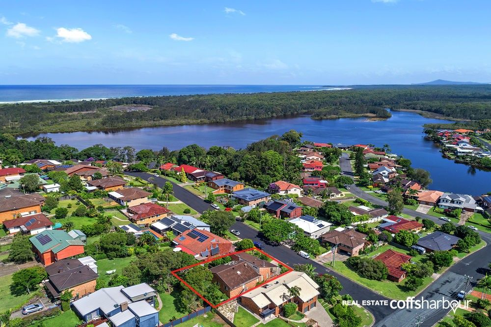 4 Cunningham Crescent, Sawtell NSW 2452, Image 1