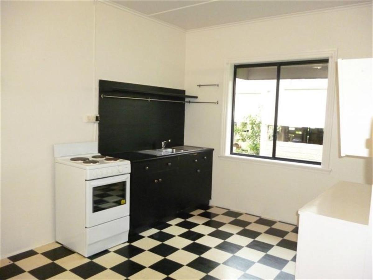 Unit 3/37 Campbell Street, Innisfail QLD 4860, Image 2
