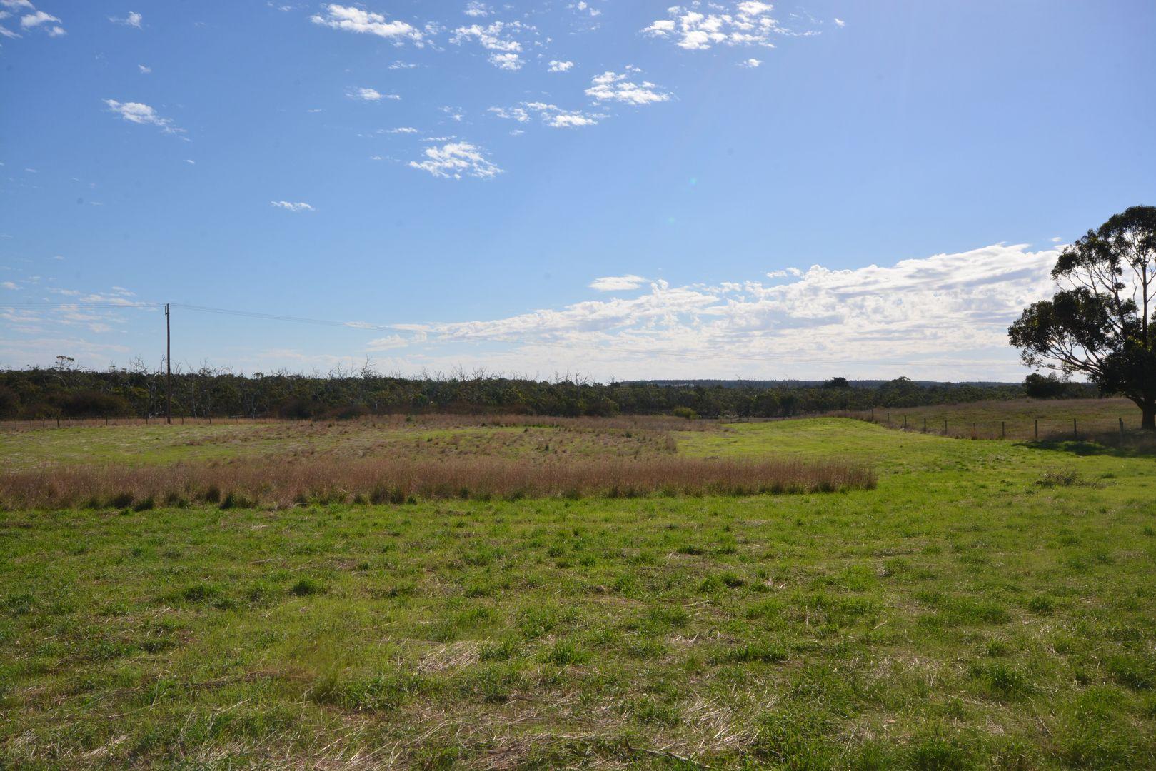 1 Reserve Road, Tyrendarra VIC 3285, Image 2