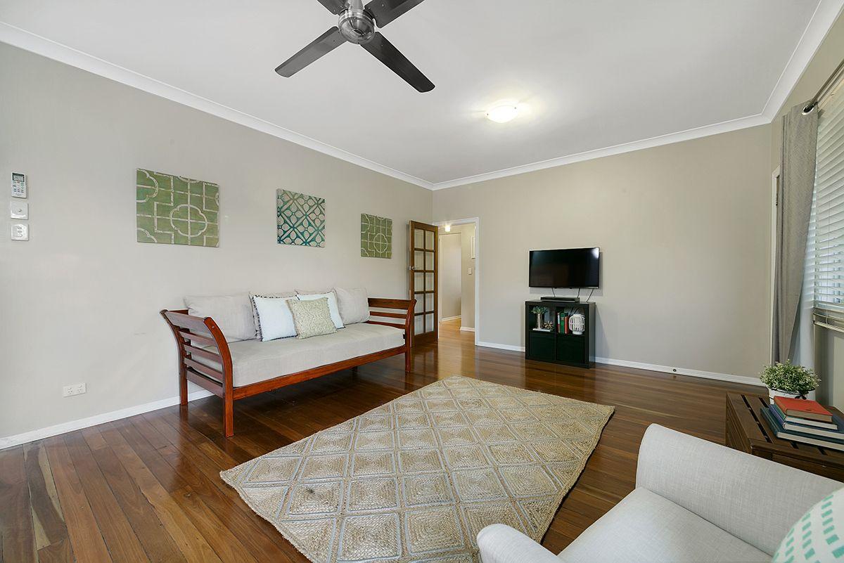 10 Ruby Avenue, Tarragindi QLD 4121, Image 1