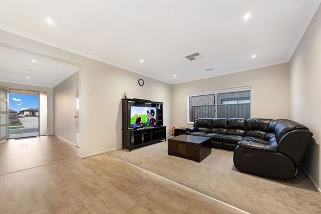 Picture of 3 Dutch Avenue, MANOR LAKES VIC 3024
