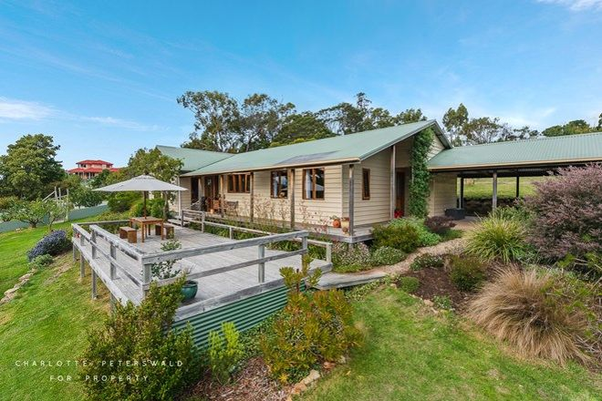 Picture of 56 Ferry Road, KETTERING TAS 7155