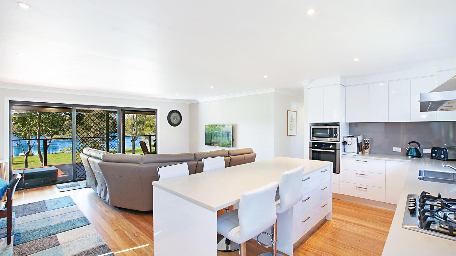 58 Lloyd Avenue, Chain Valley Bay NSW 2259, Image 2