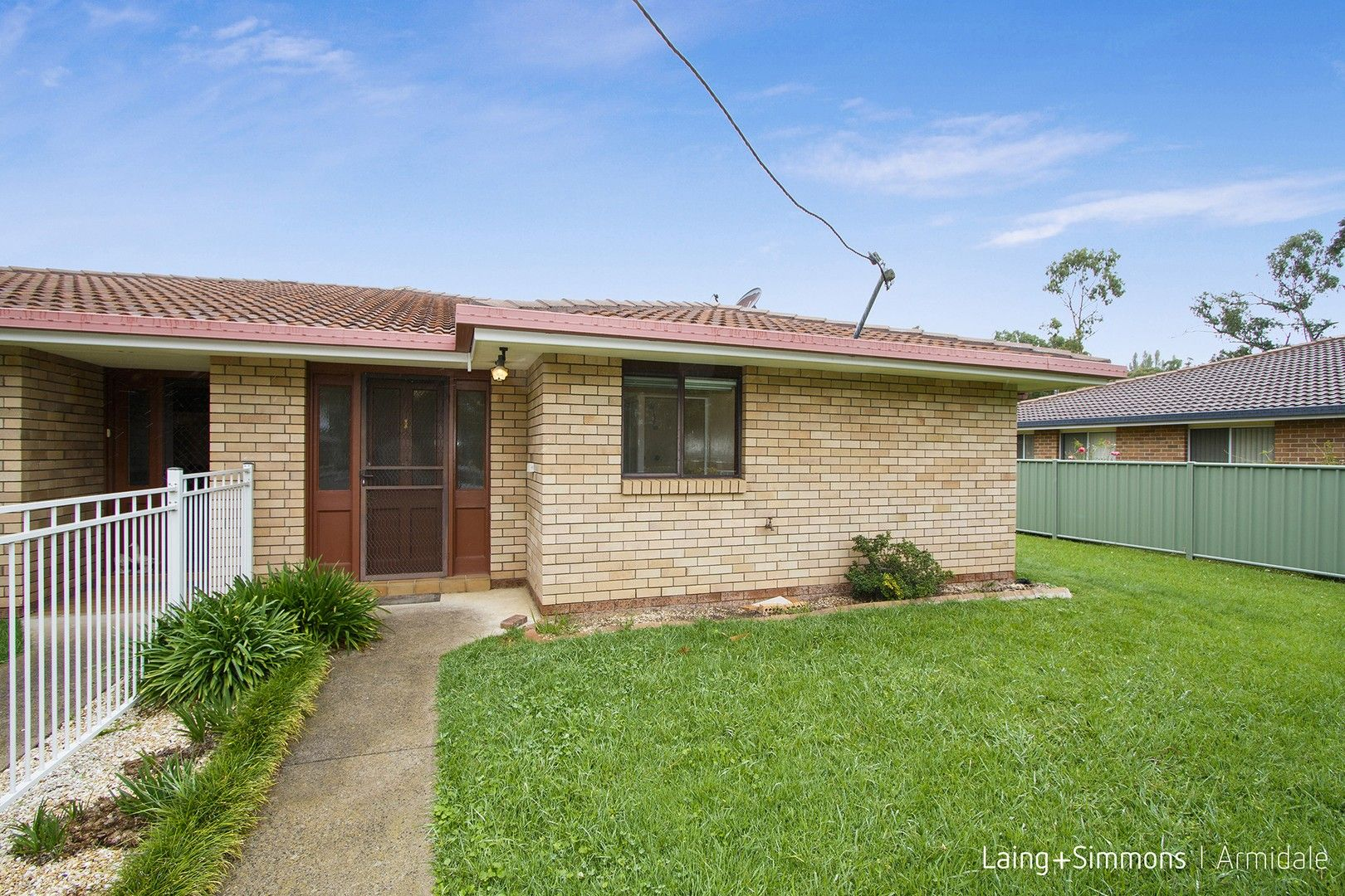1/18 Barry  Street, Armidale NSW 2350, Image 0