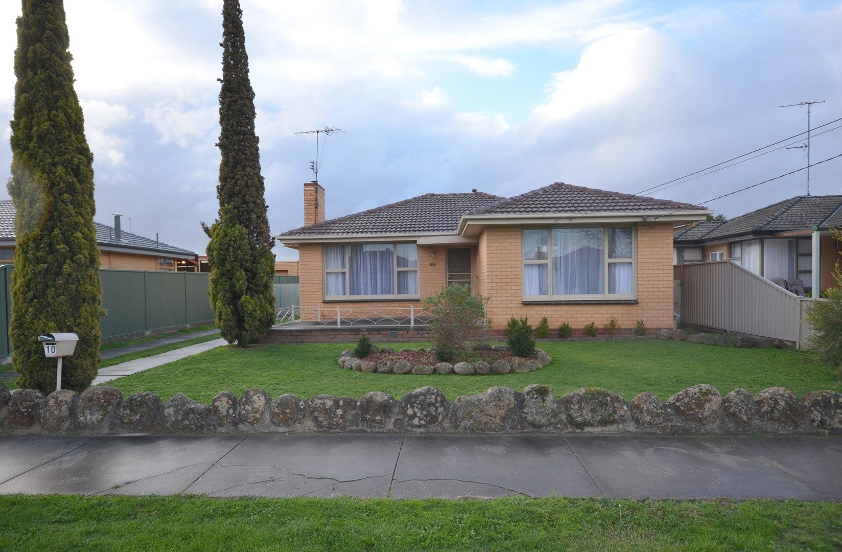 10 Cambridge Street, Wendouree VIC 3355, Image 0