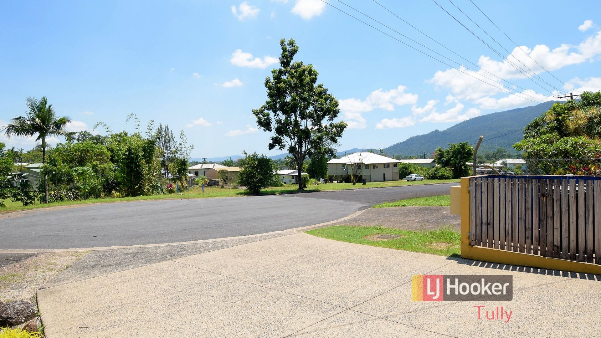 21 Henry Street, Tully QLD 4854, Image 2