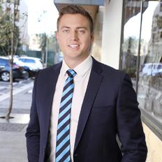 Luke Wilson, Sales representative