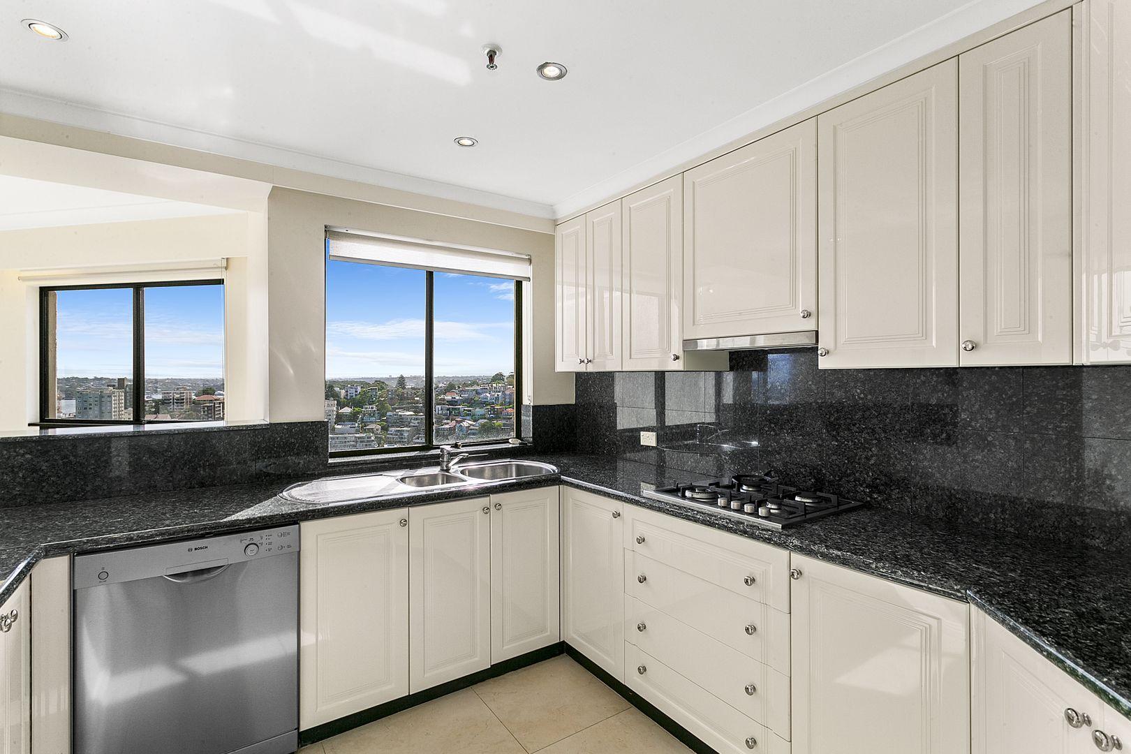 1702/37 Glen Street, Milsons Point NSW 2061, Image 2