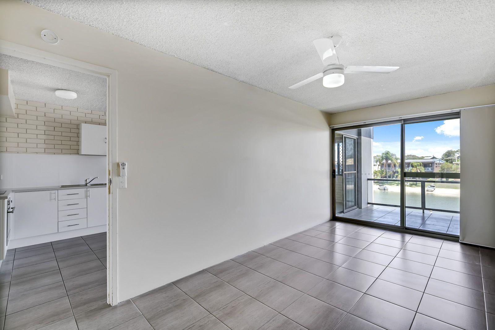 6/11-13 Pangarinda Place, Mooloolaba QLD 4557, Image 2
