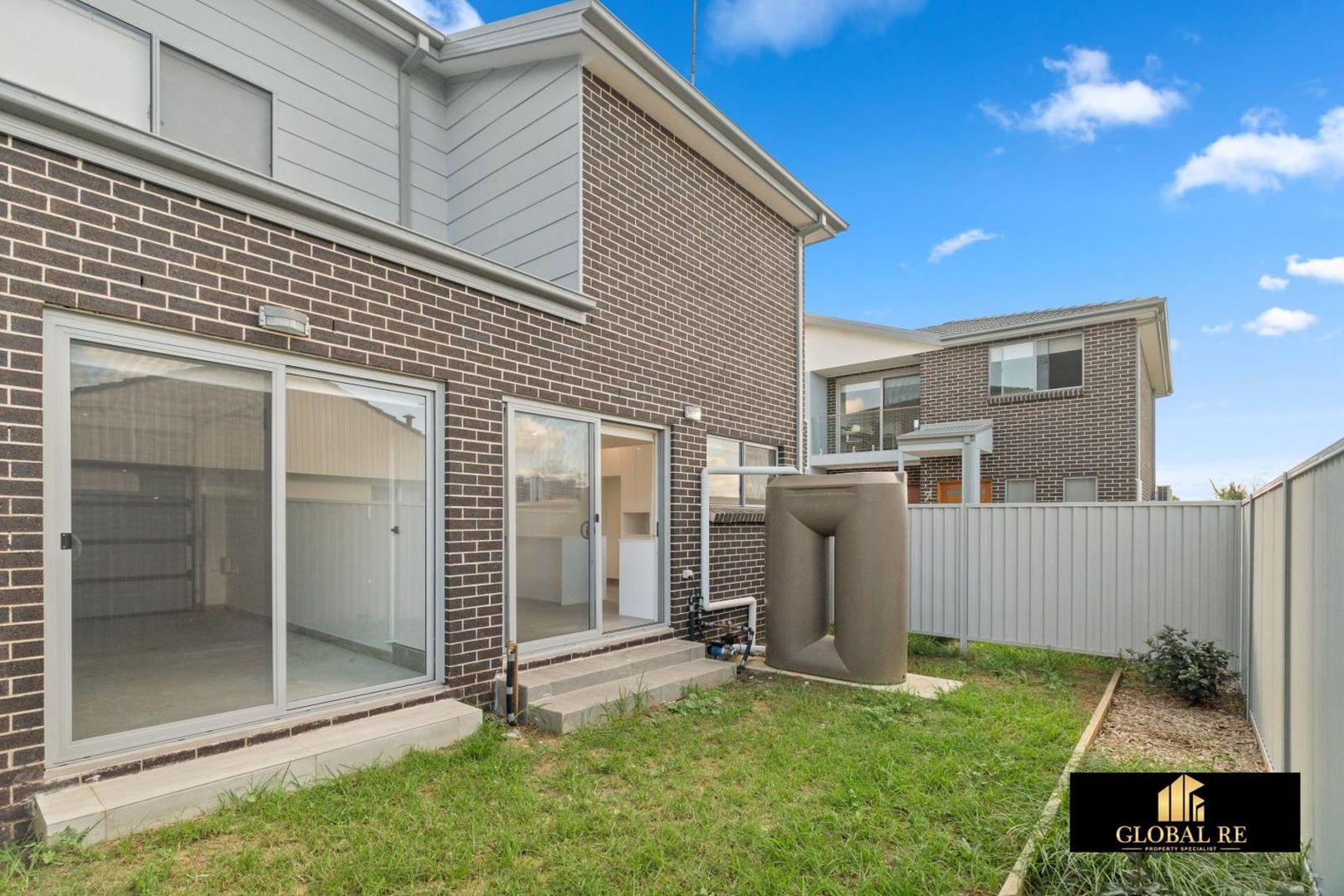 2/13-15 Gibson avenue, Casula NSW 2170, Image 2