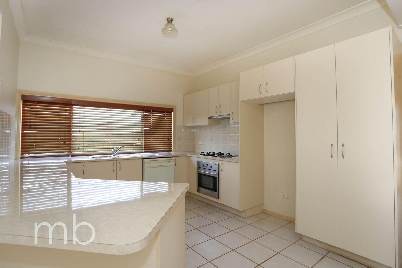 37 Plumb Street, Blayney NSW 2799, Image 1