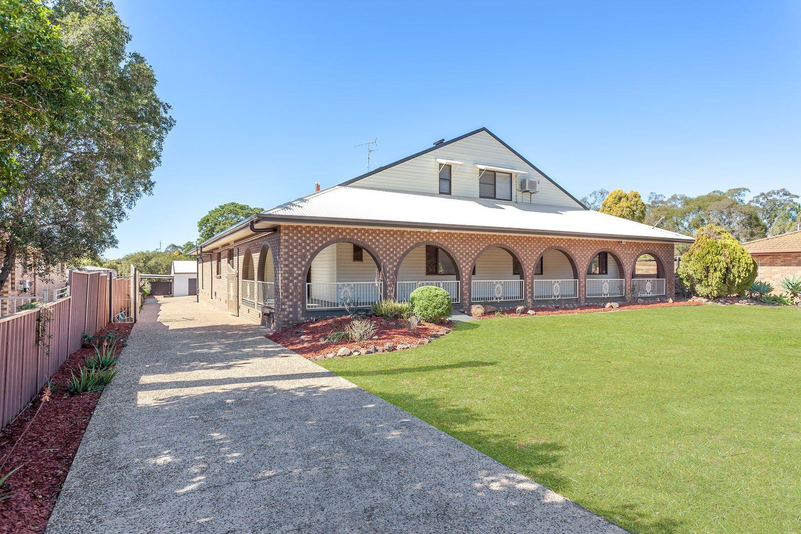 8 Kensington Drive, Withcott QLD 4352, Image 1