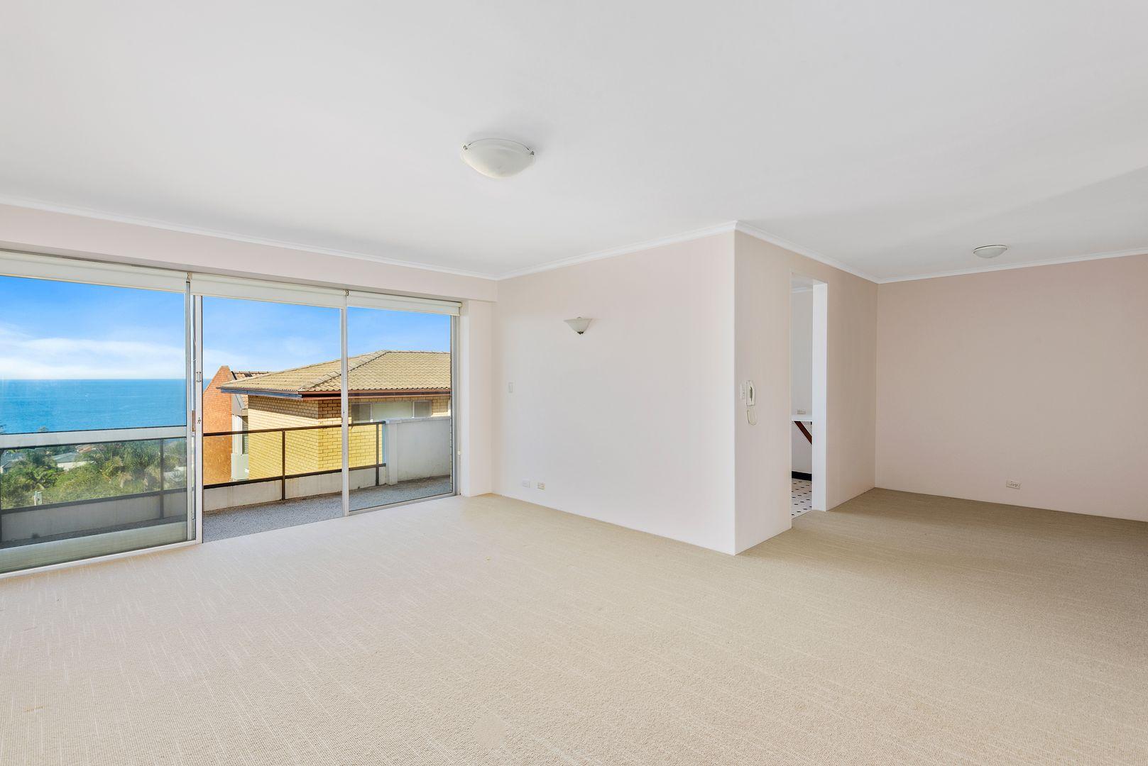 6/2 Oceanview Avenue, Vaucluse NSW 2030, Image 2