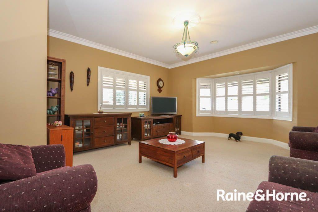 35 Kurumben Place, West Bathurst NSW 2795, Image 1