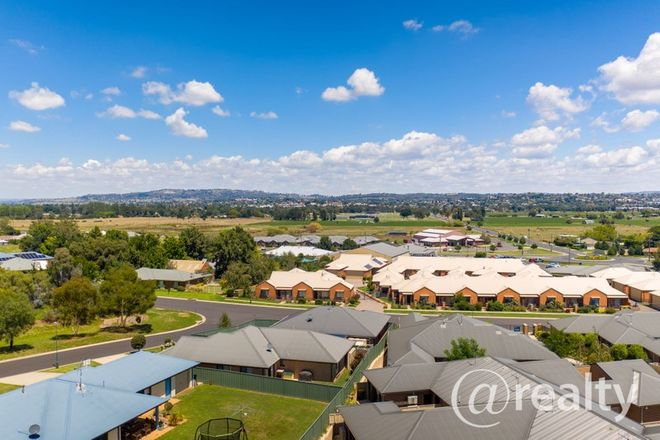 Picture of 3 Poplar Place, KELSO NSW 2795