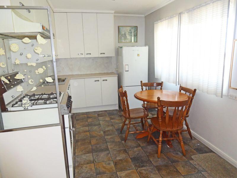 235 Gosford Road, Adamstown NSW 2289, Image 2