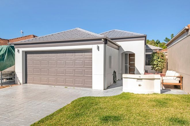 Picture of 18 Coral Tree Court, ROBINA QLD 4226