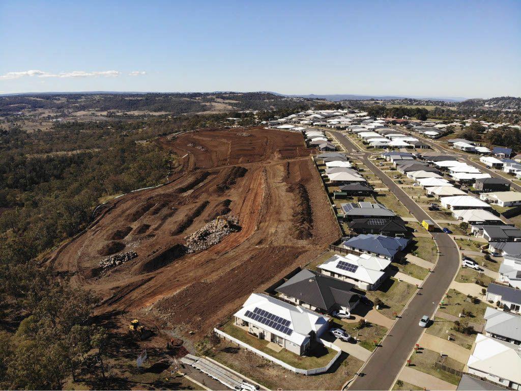 215-311 Reserve Road, Cranley QLD 4350, Image 2