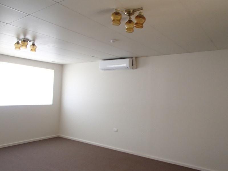 2/129 Bromide Street, Broken Hill NSW 2880, Image 0