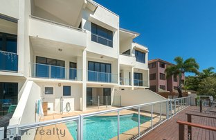 Picture of 2/85 Bayview Street, Runaway Bay QLD 4216