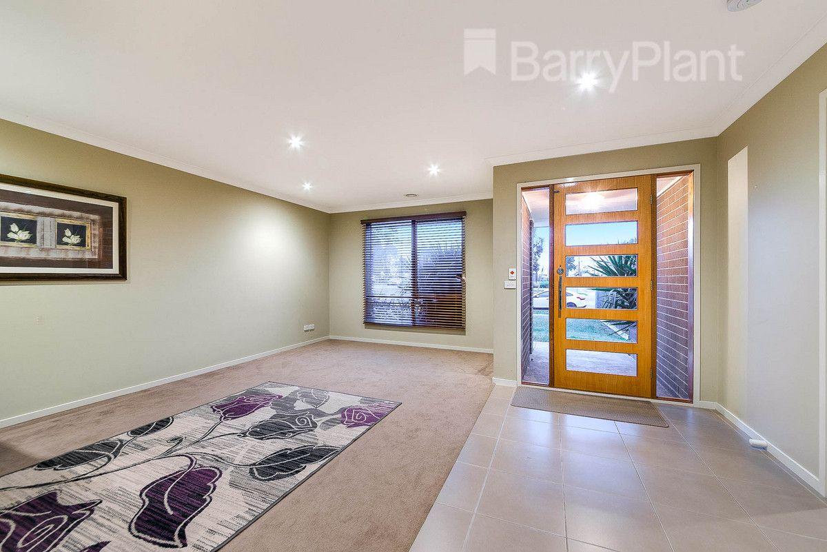 38 Webster Way, Pakenham VIC 3810, Image 1