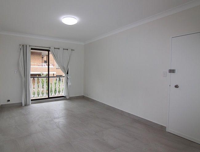 4/35-37 Carrington Avenue, Hurstville NSW 2220, Image 0