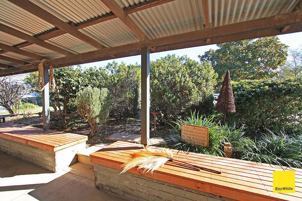 329 Weeroona Drive, Wamboin NSW 2620, Image 2