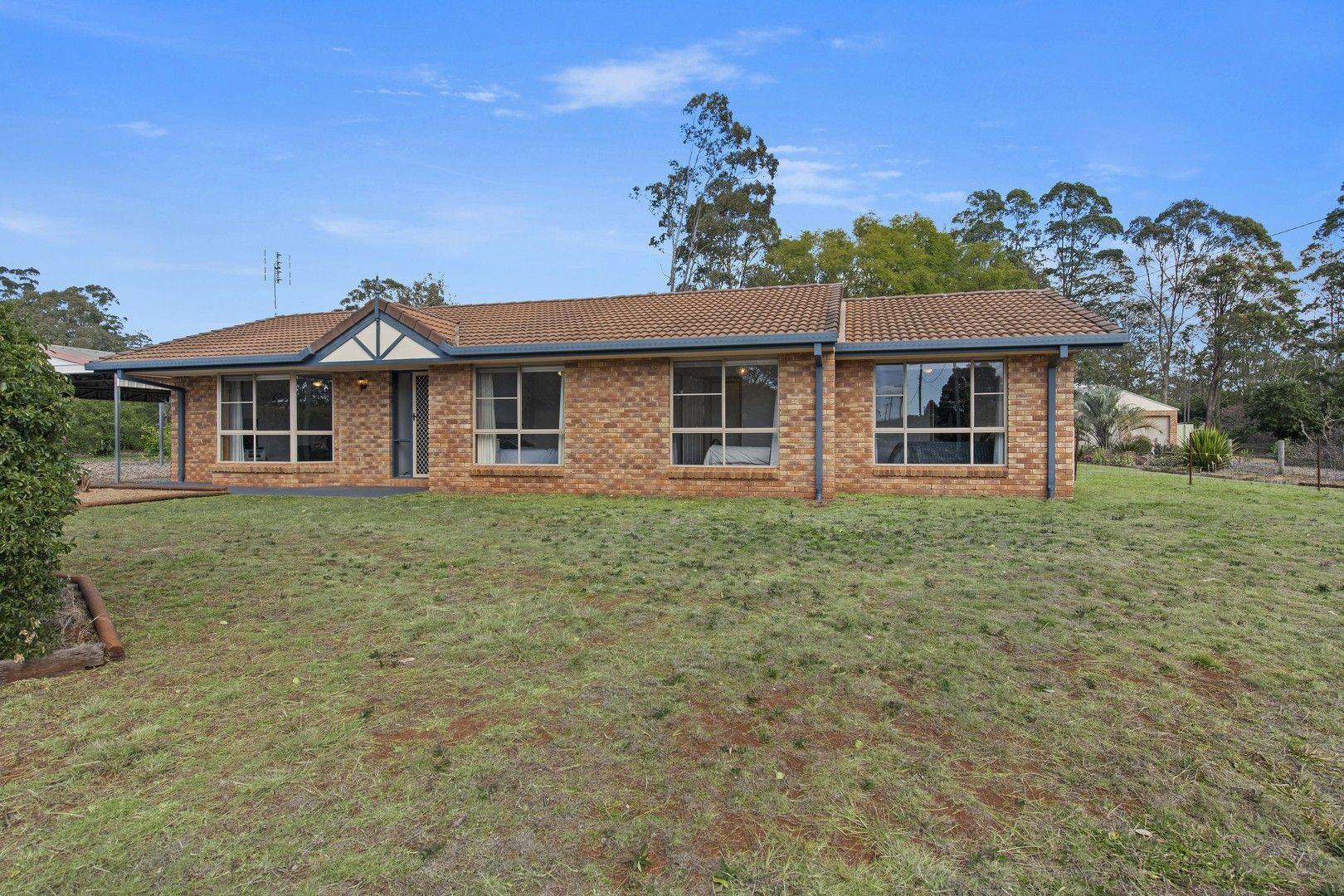 16 Blue Gum Drive, Highfields QLD 4352, Image 0