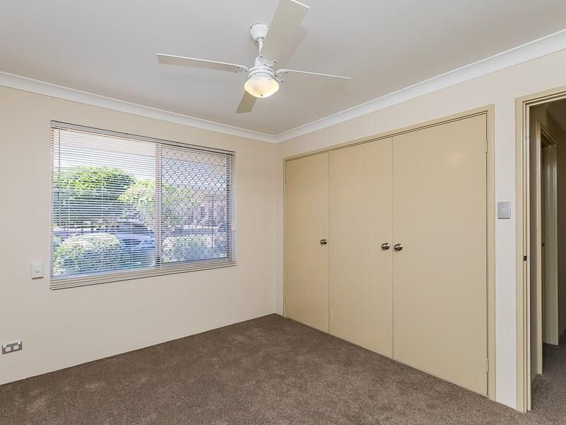 32/15 Mereworth Way, Marangaroo WA 6064, Image 2