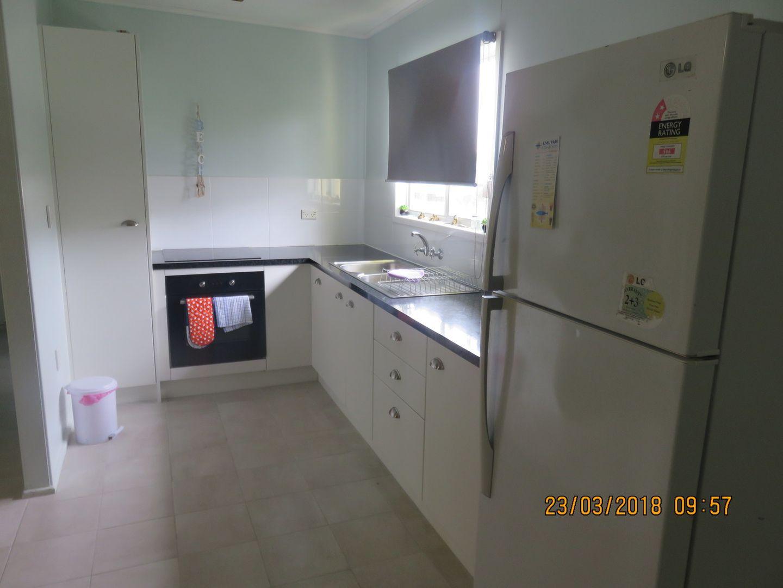 2/4-6 Richard Street, Emu Park QLD 4710, Image 2