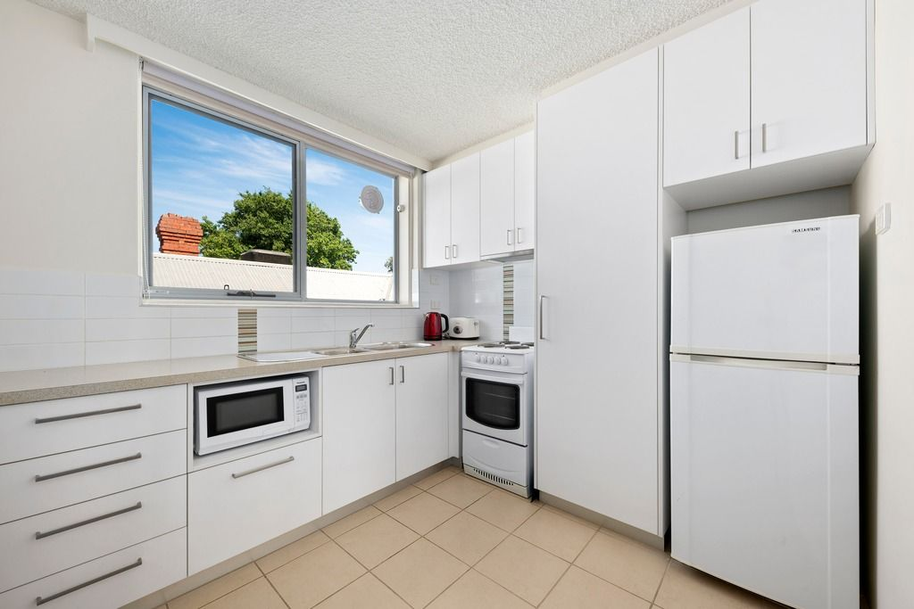 2/240 Holden Street, Fitzroy North VIC 3068, Image 2