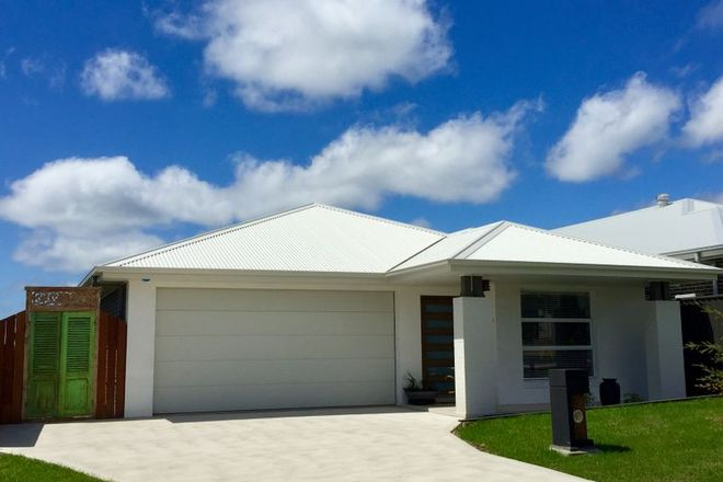 Picture of 30 Trawler Street, VINCENTIA NSW 2540