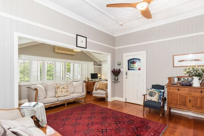 Picture of 7 Waratah Street, CLAYFIELD QLD 4011