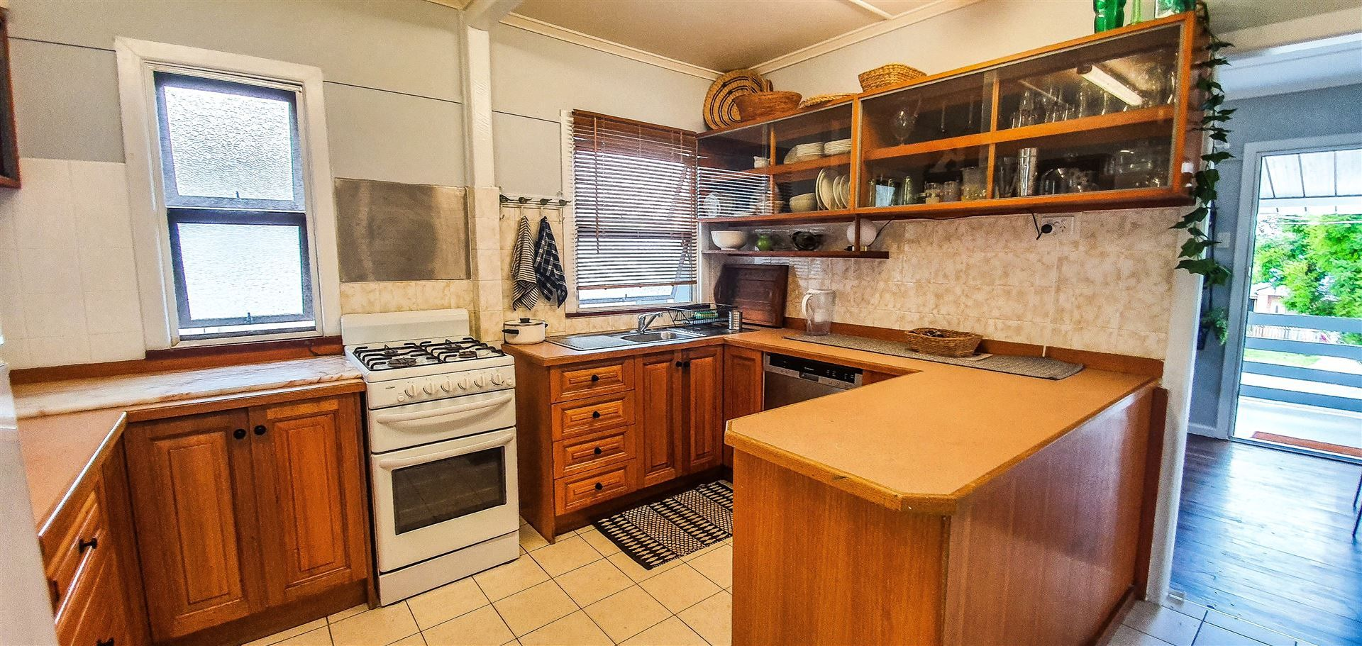 41 Bradfield Street, Brighton QLD 4017, Image 2