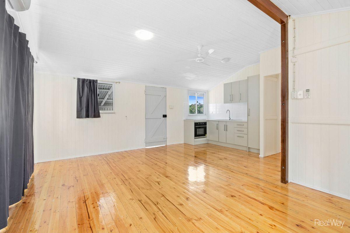 4 Bedsor Street, Mount Morgan QLD 4714, Image 0