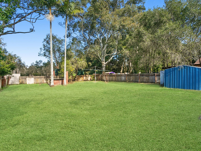 41 Warner Avenue, Tuggerawong NSW 2259, Image 2
