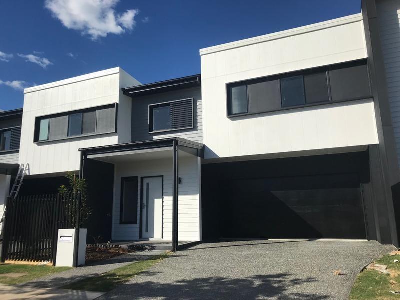 8 Tasmania Avenue, Newport QLD 4020, Image 1