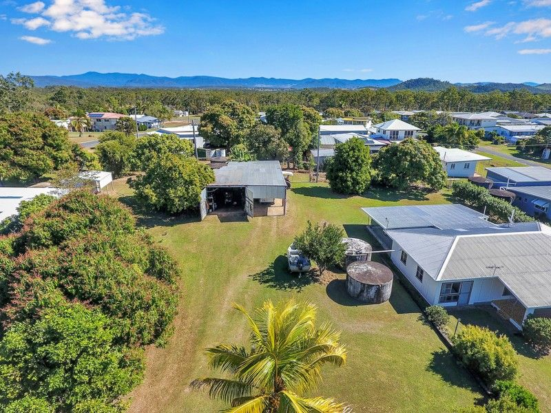 3 Repulse Esplanade, St Helens Beach QLD 4798, Image 1