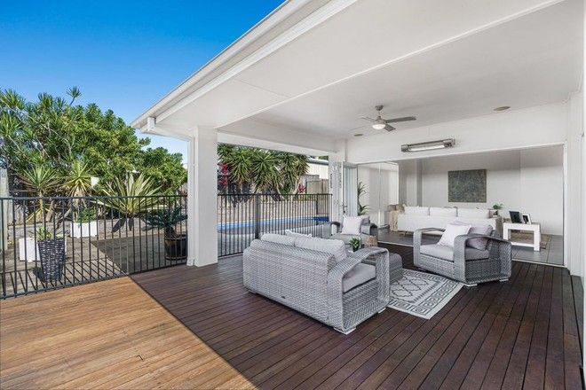 Picture of 28 Senden Crescent, MANLY WEST QLD 4179