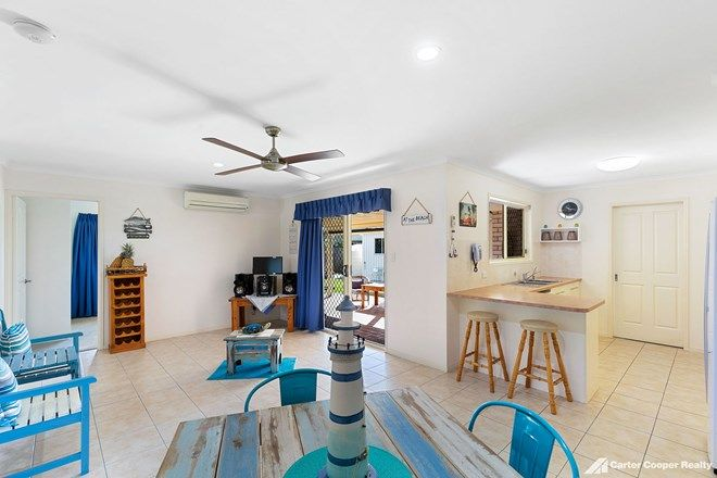 Picture of 11 Spinnaker Drive, POINT VERNON QLD 4655