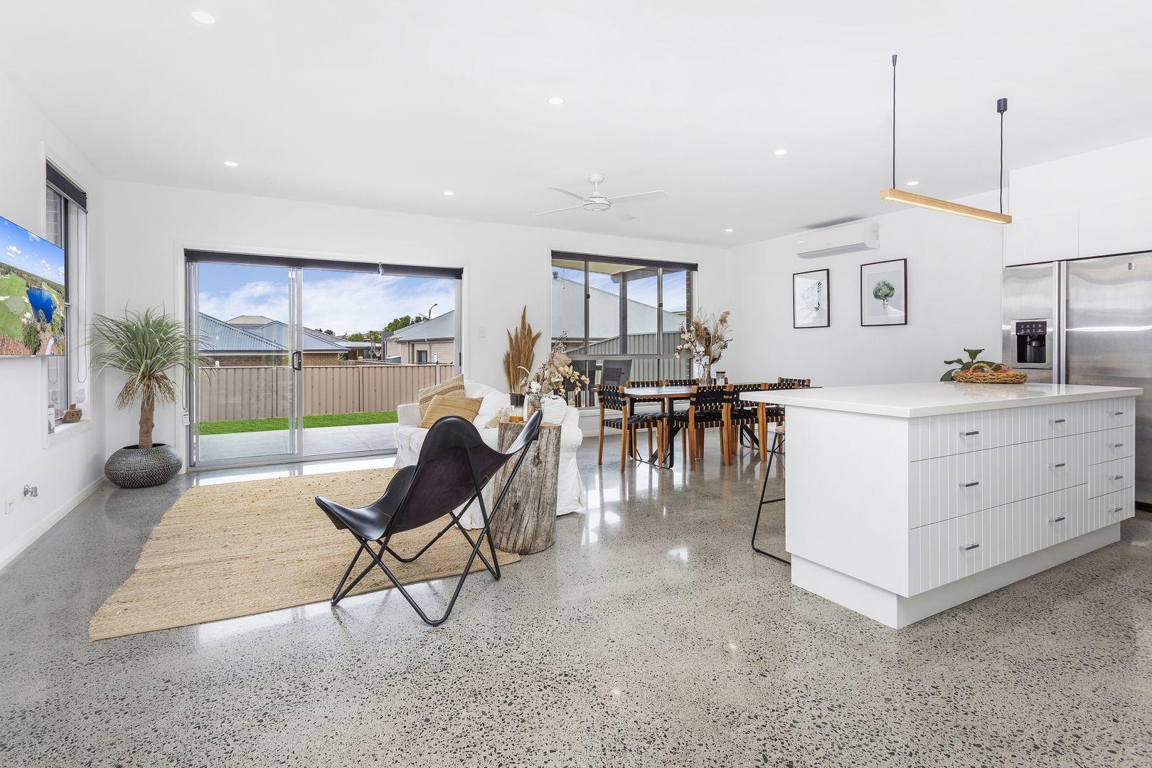 6 Hanrahan Place, Kiama NSW 2533, Image 2