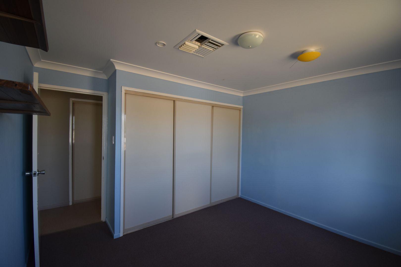 13-15 Mitchell Street, Ilfracombe QLD 4727, Image 2