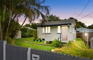 Picture of 18 Isobel Street, Clontarf QLD 4019