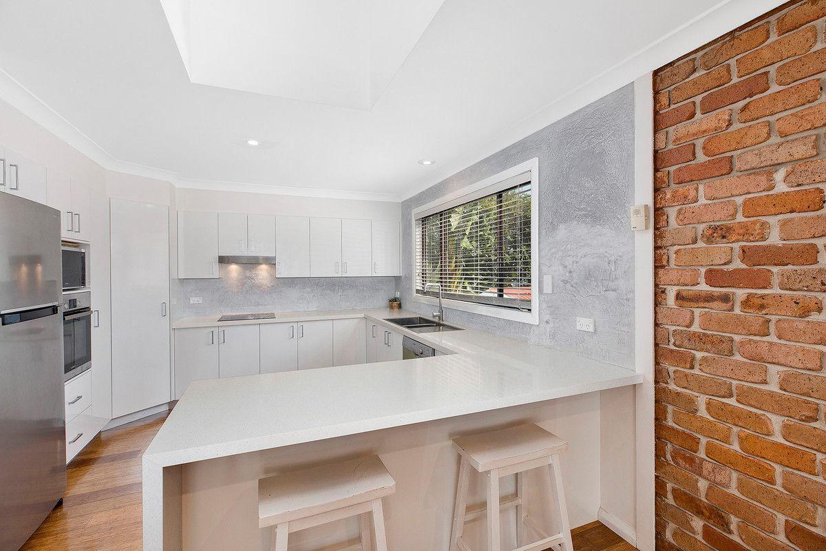 65 Oaks Avenue, Shelly Beach NSW 2261, Image 1
