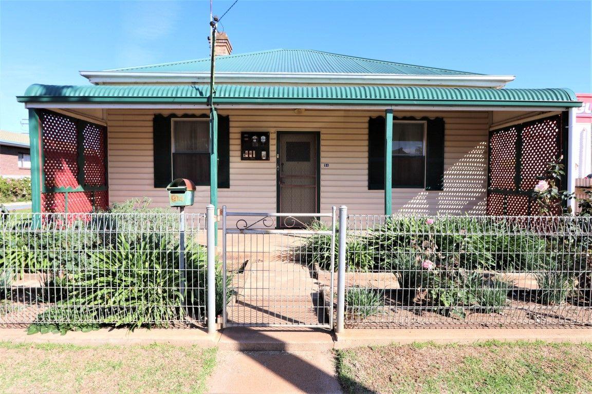 94 Hoskins Street, Temora NSW 2666, Image 0