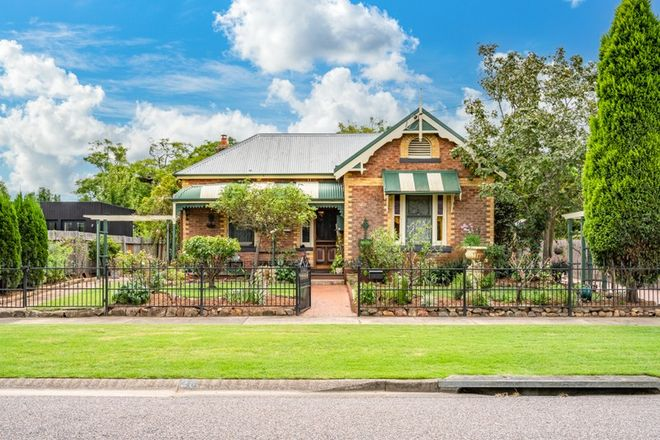 Picture of 26 King Street, LORN NSW 2320